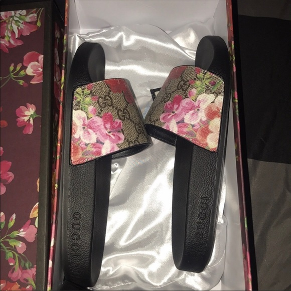 9dd55622ea01 Gucci Shoes - Gucci slides